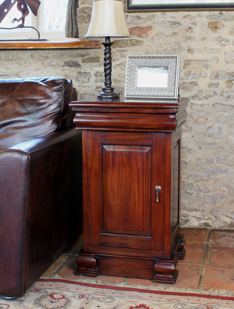 La Roque 4 Drawer Lit Bateau Lamp Table