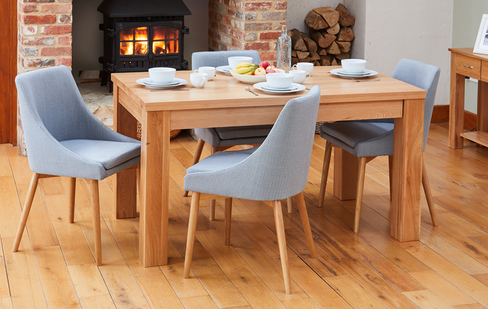 BUNDLE – Mobel COR04B Table with 4 x COR03L Chairs