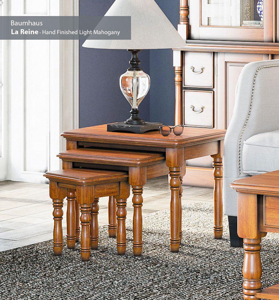 La Reine Nest of Three Tables